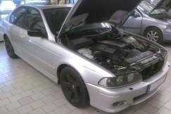 BMW E39 2001